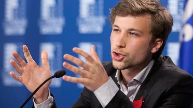 Gabriel Nadeau-Dubois is accused of inciting students to ignore a court order.