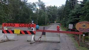 mi-devon-road-closed