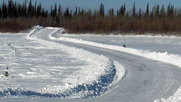 The James Bay Winter Road connects the communities of Attawapiskat, Fort Albany and Kashechewan to Moosonee.