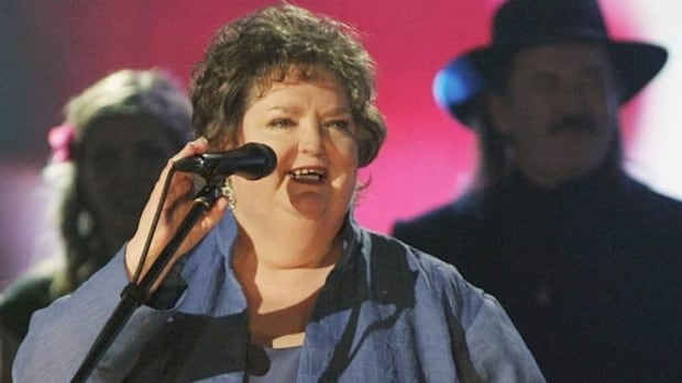 Rita MacNeil, the singer and former CBC-TV star from Big Pond, N.S., will be inducted to the Canadian Country Music Hall of Fame in September. She died in April.