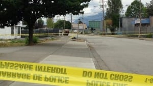 hi-bc-130817-135a-ave-10600-surrey-police-tape-1-6col