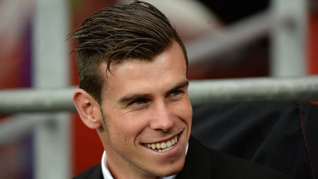 Both Tottenham and Real Madrid confirmed Gareth Bale's move on a six-year deal on Sunday.