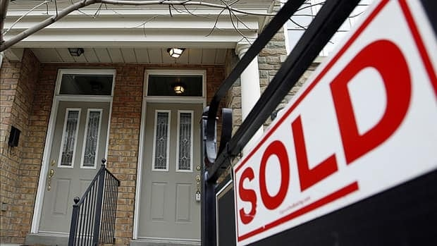 According to the Canadian Real Estate Association (CREA), the average selling price of a home in Hamilton was down in October compared to September.