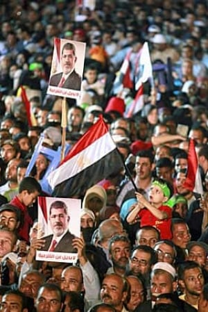 egypt-morsi-crowd-280-rtx11