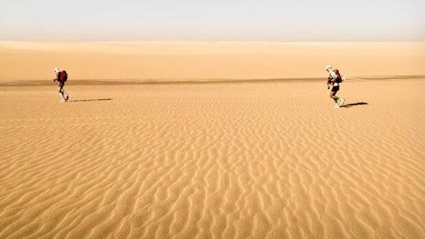 Simon Donato and Paul Trebilcock from when they ran the Sahara Race, a 250km stage race in Egypt as part of their new reality show.