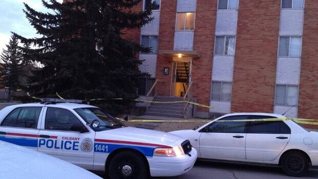 Police taped off an apartment building in the northwest Calgary area of Thorncliffe early Wednesday morning.