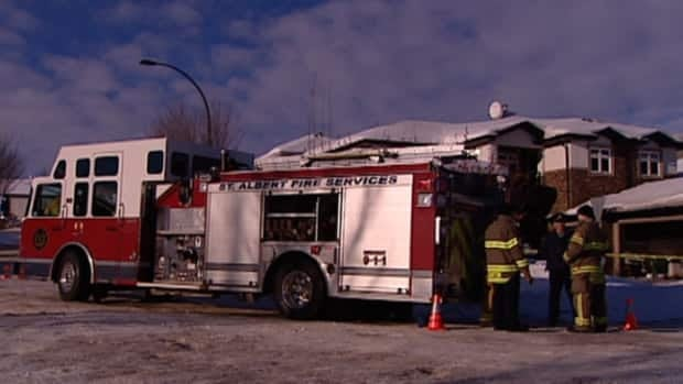 RCMP and fire investigators are looking into what caused an early morning house fire in St Albert.