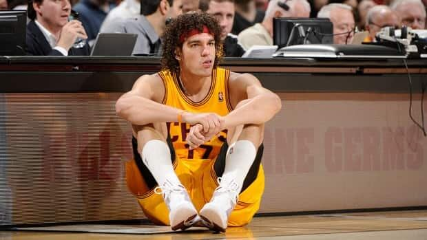Cleveland Cavaliers centre Anderson Varejao was averaging career highs of 14.1 points and 14.4 rebounds this season.