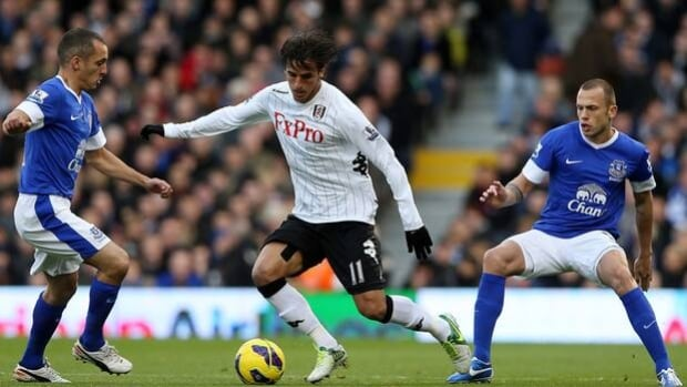 Bryan Ruiz of Fulham (11) is shelved for four more weeks after aggravating a hamstring injury.