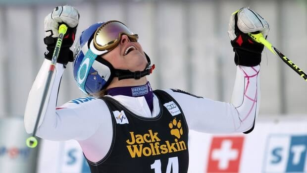 American Lindsey Vonn proved again that she is back to her best after an illness by putting down two good runs in Maribor, Slovenia, to win in two minutes, 22.2 seconds.
