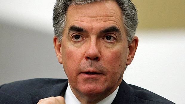 Former Conservative environment minister Jim Prentice, now a senior bank executive, told a New York audience Wednesday that the Keystone XL pipeline awaiting approval from the Obama administration should go ahead.