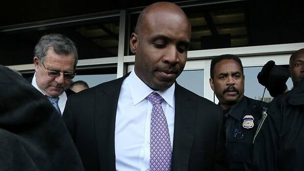 Barry Bonds is asking a federal appeals court to toss out his felony obstruction conviction.