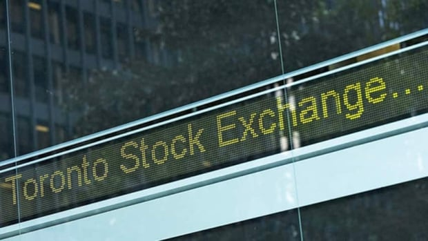 Toronto stocks edged lower Friday as the U.S. economy approached the edge of the fiscal cliff.