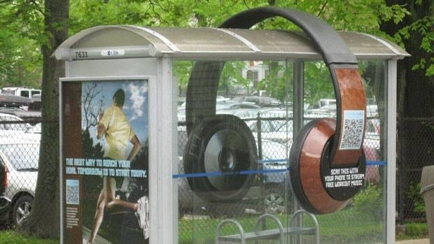 A set of giant headphones has been stolen from a bus shelter, say police.