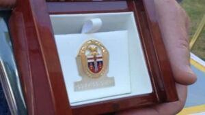 li-commissioners-medal