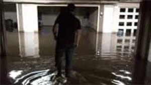 si-flooded-garage