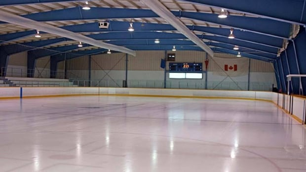 A facilities manager for the Halifax region says the handling of ammonia leaks at rinks in Nova Scotia is highly regulated in order to prevent injuries. (CBC)
