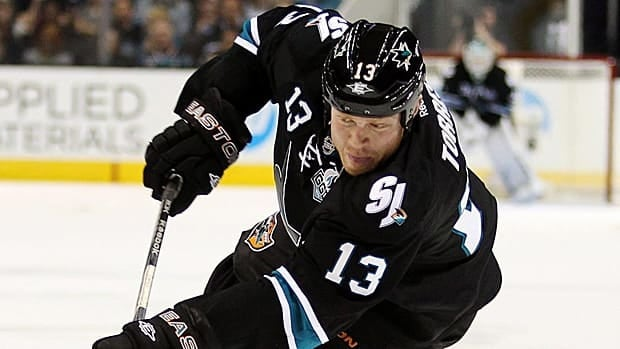 Raffi Torres is returning to his 7th NHL club after Thursday's signing.