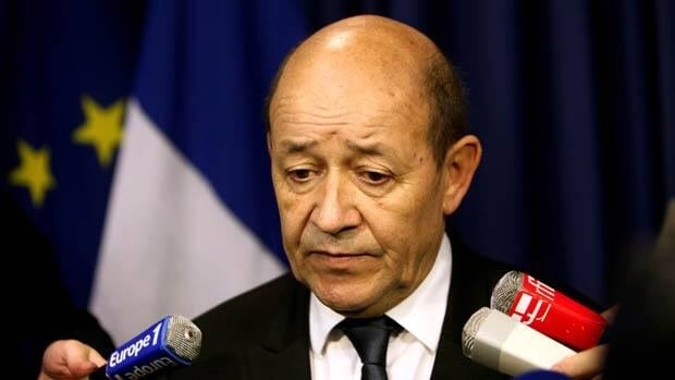 French Defence Minister Jean-Yves Le Drian has announced that hundreds of French troops are involved in an operation that destroyed a command centre of Islamic rebels in Mali.