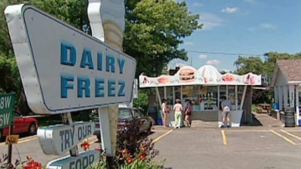 wdr-620-dairy-freez2