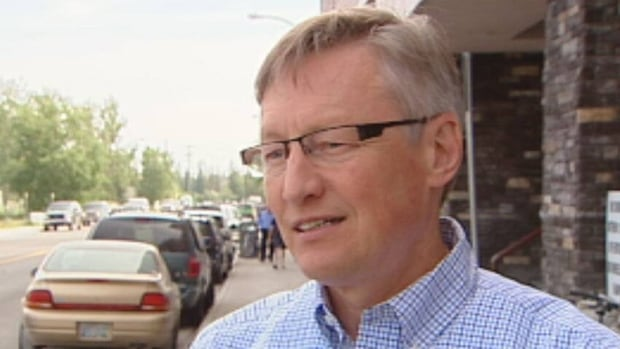 Dr. Andre Corriveau, N.W.T.'s chief medical health officer, says the territory's cancer rates aren't higher than the average for the rest of Canada.
