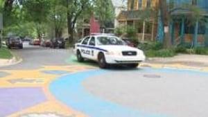 police-car-black_220