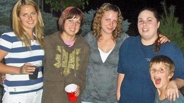Jennifer Rosati, second from left, has tracked down sisters, from left, Tina Simpson, Tracy Masters and Mandy Sales. She's also located her brother and now two more half siblings.