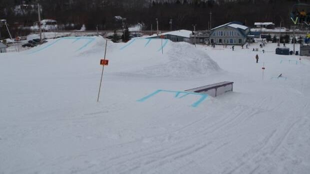 Ski Wentworth's terrain park from 2010 shows a few jumps and rails.
