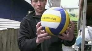 hi-bc-120508-tsunami-volleyball-4col