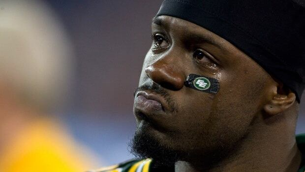 Boyd originally joined the Eskimos after being released by the Toronto Argonauts in August. The 27-year-old played four games with Edmonton, registering a modest 18 carries for 76 yards and four catches for 40 yards.