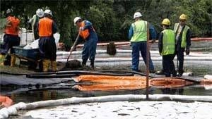 mi-bc-121012-enbridge-michigan-spill