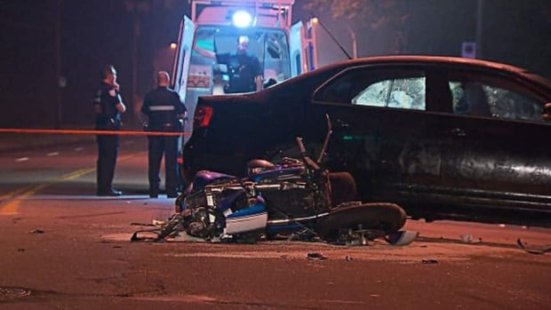 A motorcycle collided with a car last night in Pierrefonds-Roxboro.