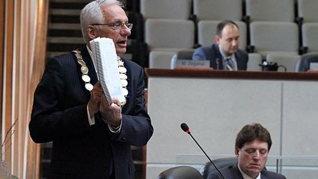Mayor Bob Bratina during Wednesday's LRT debate