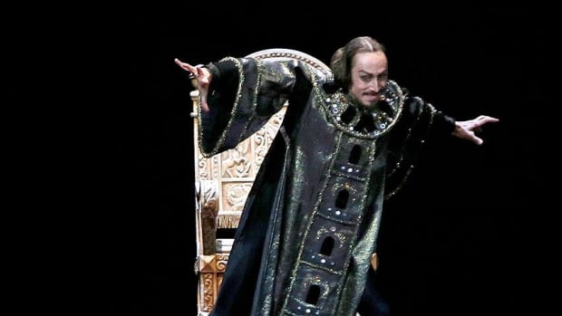 Pavel Dmitrichenko was a star performer at the Bolshoi Ballet.