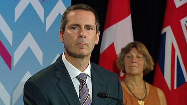 Premier Dalton McGuinty is urging teachers to sign new contracts before the start of September.