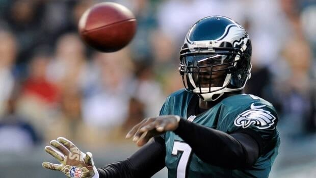 Philadelphia Eagles quarterback Michael Vick throws a pass  against the Dallas Cowboys, Sunday, Nov. 11, 2012, in Philadelphia.