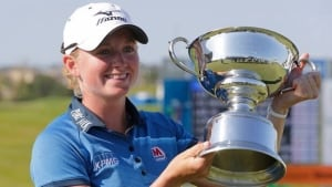 940-stacy-lewis-win-8col
