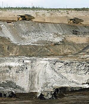 ii-oilsandsmine-300-cp-5173