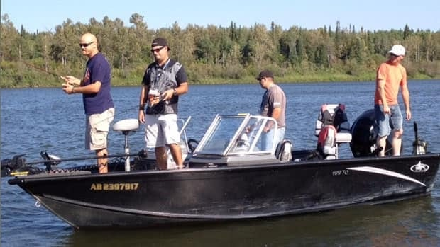 Injured veterans were out fishing on the Saskatchewan River near Nipawin, Sask. for last year's Wounded Warrior weekend. This year, the event takes place in Slave Lake, Alta. (Ryan Pilon/CBC)