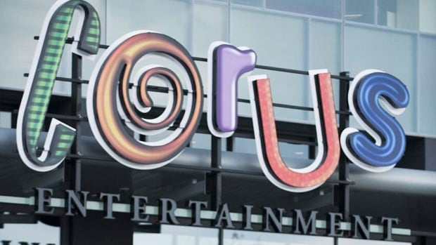 Corus shareholders have backed its bid for Shaw Media, despite an activist attempt to stop the deal.