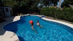 hi-backyardpool