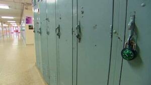 li-school-locker