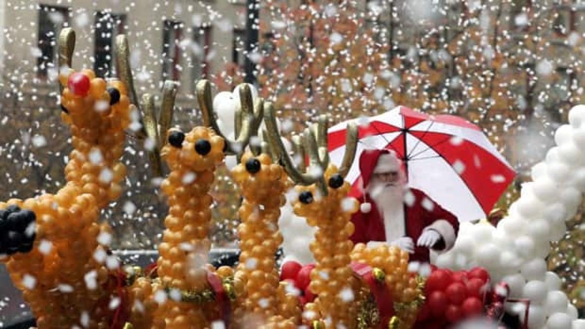 Kitchener Waterloo Santa Claus Parade  Rogers