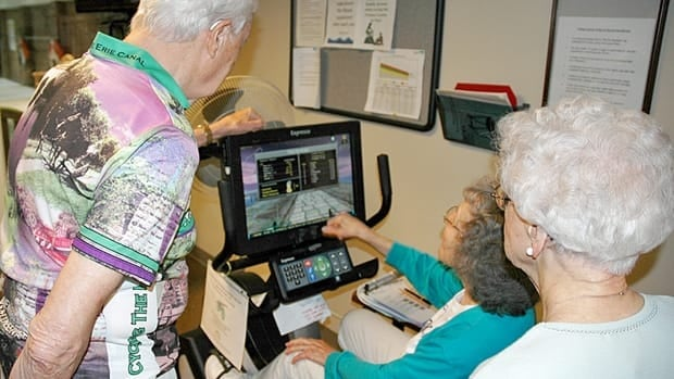 Older adults who choose exergaming may enjoy more cognitive benefıts than those who do exercise alone.