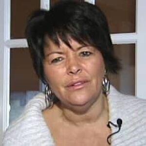nl-lewis-sheila-20121123