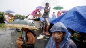 mi-rain-shelter04880235
