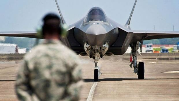 The federal government will release some key documents this week as it updates its seven-point plan to buy new fighter jets, including reports on the cost and economic benefits of the F-35 stealth fighter jet.