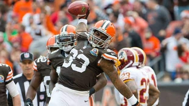 Cleveland Browns running back Trent Richardson finished with 950 yards, breaking many of Hall of Famer Jim Brown's team rookie rushing records.