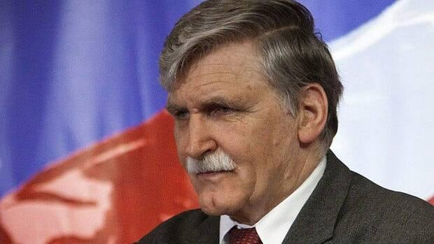 Canadian Senator and retired lieutenant-general Roméo Dallaire has called for the UN Security Council to toughen the mandate given to the 10,000 UN troops operating in the eastern Congo.
