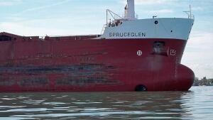 hi-wdr-spruceglen-runs-aground